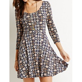 Simplicity Flare Hem Printed Dress in Slim Fit