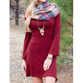 Exquisite Scoop Neck Long Flare Sleeve Dress in Slim Fit