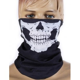 Keep-Warm Halloween Must-Have Scarf in Skull Print