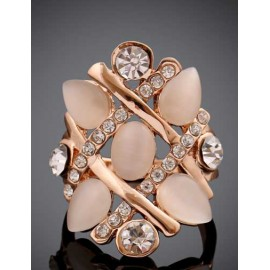 Ornate Gem Ornament Rhinestone Overall Ring in Champagne